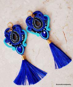 Long soutache earrings with Swarovski crystals от JaneEJewelry Soutache Earrings, Etsy Earrings, Handmade Chandelier, Painted Baskets, Clay Jewelry, Jewellery, Craft Bags, Chandelier Earrings, Beautiful Earrings