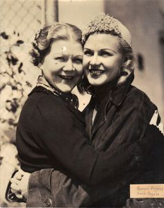 Ginger Rogers and Lela Rogers May 1936 Hollywood Glamour, Classic Hollywood, Fred And Ginger, Ginger Rogers, Vintage Movies, Virginia, Dancing, Singer, Actresses