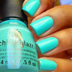 Did you know about China Glaze? You may have beautiful nail with China Glaze. Also taking great care of our private hygiene is a style of taking excellent care of our wellness and our relation to o… Love Nails, How To Do Nails, Pretty Nails, Fun Nails, Teal Nails, Green Nails, Bright Nails Neon, Mint Green Nail Polish, Chevron Nails