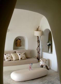 Mystique, a Luxury Collection Hotel in Santorini Couleur Feng Shui, Summer House Interiors, Santorini Hotels, Santorini Greece, Luxury Collection Hotels, Luxury Hotels, Interior And Exterior, Interior Design, Architecture