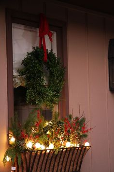 Beautiful #Christmas Decor #Holiday #Deck the Halls