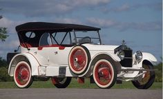1918 Roamer Four-Passenger Sport Touring - (Barley Motor Car Co. Kalamazoo, Michigan 1916–1929)
