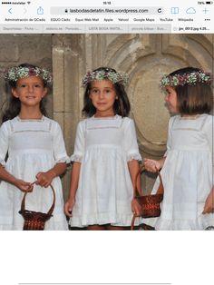 Muslin Dress, Linen Dresses, Little Girl Dresses, Flower Girl Dresses, Elegant White Dress, Première Communion, Weeding Dress, Kids Fashion, Fashion Outfits