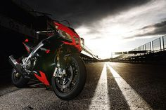 2009 Aprilia RSV4 Factory first ride review - Road Tests: First Rides - Visordown