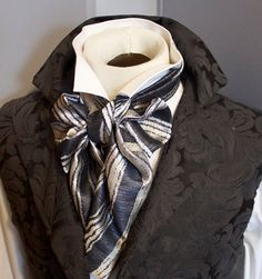 REGENCY Brummel Victorian Ascot Tie Cravat  Silver by elegantascot