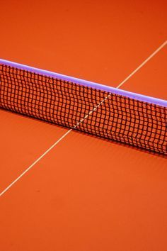 - An orange tennis court (or maybe some other kind of court?) - love the contrast between the orange an the purple. Nicely composed image as well with the net and the white line forming a sort of lopsided cross. Orange Aesthetic, Aesthetic Colors, Urban Aesthetic, Rainbow Aesthetic, Et Wallpaper, Rainbow Wallpaper, Vive Le Sport, Minimal Photography, Photography Composition