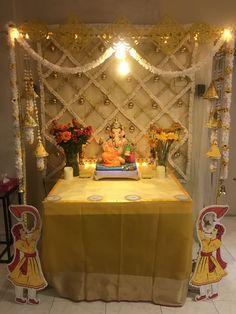 Gauri Decoration, Mandir Decoration, Diwali Decoration Items, Ganapati Decoration, Flower Decoration For Ganpati, Eco Friendly Ganpati Decoration, Ganpati Decoration Design, Backdrop Decorations, Diy Party Decorations