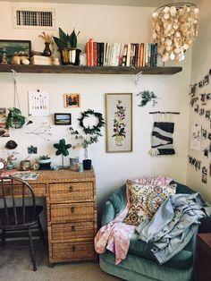 Retro 70s bedroom Living Room Partition Design, Room Partition Designs, Decoration Inspiration, Room Inspiration, Decor Ideas, Decorating Ideas, Boho Ideas, Interior Decorating, Decorating Bedrooms