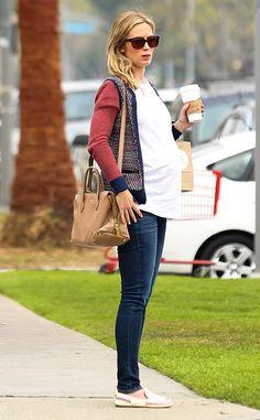 emily blunt pregnant | ... 634x1024-140109192151-634.Emily-Blunt-Pregnant-Coffee-La.ms.010914.jpg