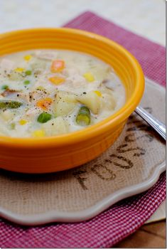 skinny chicken pot pie soup! I might even try it in the slow cooker :]