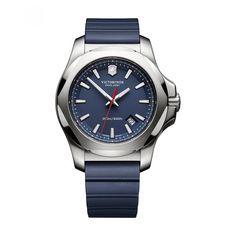 4909ad2bae2a Reloj Victorinox Swiss Army de caja y bisel en acero inoxidable extensible  a tono con detalles