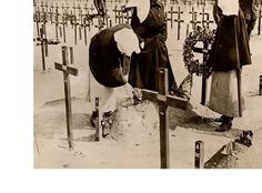 Soldier's Graves for Nurses Killed in Action, 1918