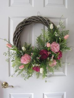 Spring Wreath For Front Door 23 Easter Wreath Maple Wreaths For Front Door, Door Wreaths, Yarn Wreaths, Burlap Wreaths, Ribbon Wreaths, Summer Wreath, Spring Wreaths, Holiday Wreaths, Easter Wreaths