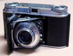 Vintage Voigtlander Model Vito II 35mm Rangefinder Camera, Color Skopar 50mm f3.5 Lens In An X-Synchronised Prontor S Rapid Shutter, Made In Germany, Circa 1954.