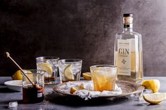 A delicious gin cocktail flavoured with homemade honey and lemon cordial inspired by Inverroche distillery Stillbay. Best Gin Cocktails, Cocktail Drinks, Cocktail Recipes, Fall Cocktails, Fruit Drinks, Yummy Drinks, Yummy Food, Beverages, Gin Recipes