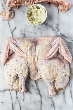 how to spatchcock a turkey & roast a turkey this thanksgiving! a miracle method for roasting your thanksgiving, friendsgiving, or holiday dinner turkey. Yummy Chicken Recipes, Turkey Recipes, Meat Recipes, Roasted Carrots, Roasted Turkey, Basting A Turkey, Perfect Roast Turkey, Whole Turkey, Potato Skins