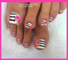 J nail designs for short nails nail designs for short nails 2019 full nail stickers nail art stickers at home nail art strips Pretty Toe Nails, Cute Toe Nails, Fancy Nails, Toe Nail Art, Gorgeous Nails, Summer Toe Nails, Beach Nails, Summer Pedicures, Toenails