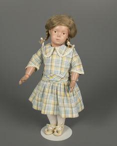 80.5171: Schoenhut Girl 16/301 | doll