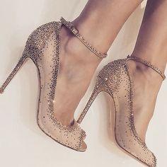 """1,435 """"Μου αρέσει!"""", 8 σχόλια - madame shoushou atelier (@madameshoushouatelier) στο Instagram: """"✨✨ crystaled high heels✨✨___________#highheels #bridalshoes #highheel #bridetobe #wedding…"""""""