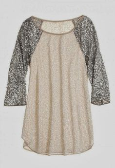 Sparkling glitter sleeve baseball top, cozy yet dressy.....I'm there
