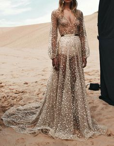 My boho queen fantasy dress. One Day Bridal Spring 2016 Collection. Evening Dresses, Prom Dresses, Formal Dresses, Wedding Dresses, Bridal Gowns, Bridesmaid Dresses, One Day Bridal, Beautiful Gowns, Gorgeous Dress