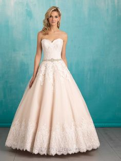 #3 D'Anelli's Allure #9319, $1,686- LOVE the old-school-looking lace at the bottom
