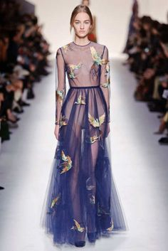 View the Valentino Fall 2014 RTW collection. See photos and video of the F2014RTW runway show. Valentino