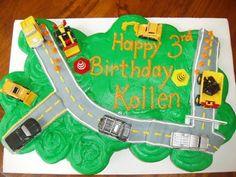 Image: TruckCupcakeCake.jpg - LoveToKnow Cake Decorating