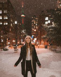 Walking in a winter wonderland ❄️Link in bio to shop Pura VidaMode Winter Photography, Photography Poses, Winter Instagram, Foto Casual, Insta Photo Ideas, Winter Pictures, Foto Pose, Winter Night, Cute Photos