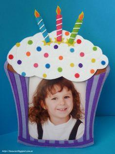 Marco de fotos cupcake. Felt cupcake frame.