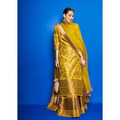 Karisma Kapoor chose a yellow lehenga set for Armaan Jain's mehandi - Indian Ethnic Wear Sharara Designs, Lehenga Designs, Kurti Designs Party Wear, Indian Fashion Dresses, Dress Indian Style, Ethnic Fashion, Mehendi Outfits, Bridal Outfits, Wedding Outfits For Women