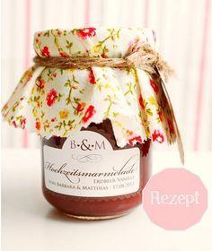 DIY: Rezept für Erdbeer-Vanille Marmelade als Gastgeschenk, Teil 2 | Hochzeitsblog - The Little Wedding Corner