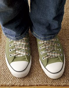 Cute! Ribbon shoelaces. #diyprojects