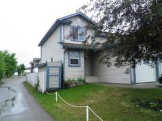 805 Westmount Dr, Strathmore, AB T1P 1P8. $269,900, Listing # C4017727. See homes for sale information, school districts, neighborhoods in Strathmore.