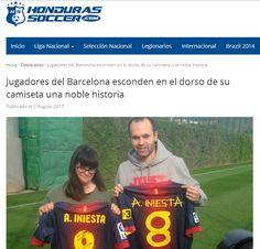 http://www.hondurassoccer.com/jugadores-del-barcelona-esconden-en-el-dorso-de-su-camiseta-una-noble-historia/
