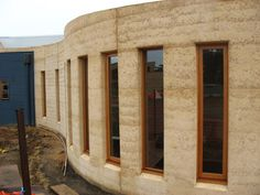 Rammed earth houses: Olnee Constructions' image gallery |
