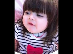 Whatsapp Clips, Whatsapp Videos, Cute Baby Girl Pictures, Baby Photos, Pretty Kids, Cute Kids, Funny Babies, Cute Babies, Comedy Scenes