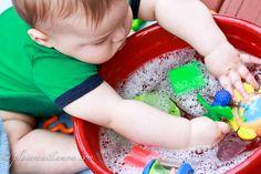 Plain Vanilla Mom: Bubble Discovery Bowl