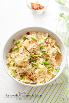 Brown Butter Pasta with Asparagus & Bacon from thelittlekitchen.net #kitchenconvo