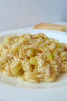 * Leek and zucchini risotto - Tasty details Amazing Awesome Leek and zucchini . Rice Recipes, Veggie Recipes, Real Food Recipes, Vegetarian Recipes, Cooking Recipes, Healthy Recipes, Pastas Recipes, Healthy Pizza, Healthy Eating
