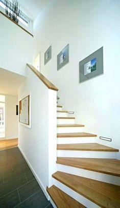 Treppe - stairs - Fertighaus - PlusEnergyHouse - Plusenergiehaus - Home -