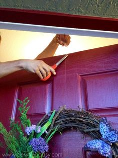 Beau Use A Flat Thumbtack To Hang A Wreath On A Door