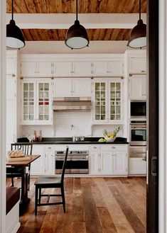 Country Kitchen Remodel Joanna Gaines farmhouse kitchen remodel chip and joanna gaines.Kitchen Remodel Modern Chip And Joanna Gaines. Kitchen Cabinets Decor, Farmhouse Kitchen Cabinets, Cabinet Decor, Modern Farmhouse Kitchens, Kitchen Cabinet Design, Home Kitchens, Farmhouse Style, Rustic Farmhouse, Kitchen Ideas