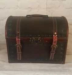 Leather Wood Studded Trunk Padded Storage Luggage Home Decor
