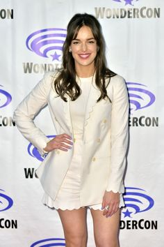 Elizabeth Henstridge, Agents Of Shield, Line, Sexy Women, Hollywood, Actresses, Coat, Sirens, Jackets