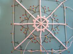 Aemilia ars - various needle lace tutorials, lots of photos. In italian by merlettoadago.blogspot.com