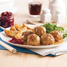 Boulettes suédoises rapides - 5 ingredients 15 minutes Confort Food, Other Recipes, Quick Meals, Beef Recipes, Ground Beef, Meal Prep, Sauce Crémeuse, Good Food, Food And Drink