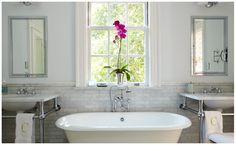 soaker tub between vanities