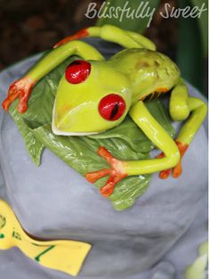 Tree frog cake. Sooo cute