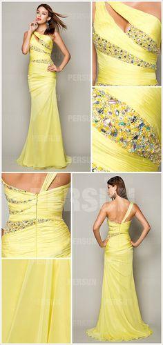 robe jaune moulante longue ornée de strass
